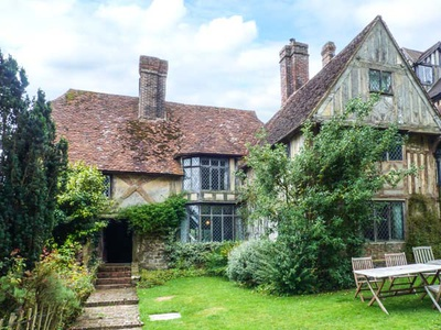 Tudor Wing, Kent, Edenbridge