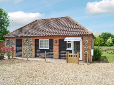 Dog Rose Cottage, Norfolk, Great Dunham
