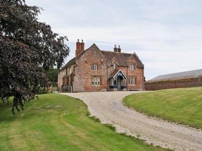 The Farmhouse, Dorset, Ferndown