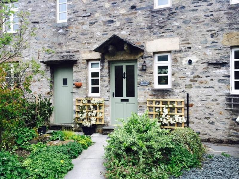 Dog Friendly Settle Holiday Cottages Bankwell Cottage Yorkshire